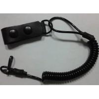 Страховочный ремешок пистолетный черного цвета с кожаным держателем