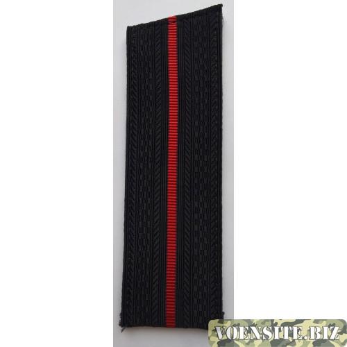 Погоны ВМФ младшего офицерского состава с красным просветом со скосом