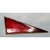 Знак угол малый металл красный на берет