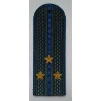 Погоны юстиции с вышитыми золотом звездами старший лейтенант