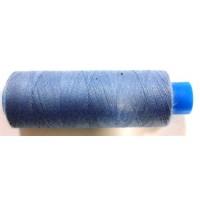 Нить серо-голубого цвета на катушке