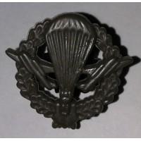 Эмблема петличная ВДВ с венком защита полиамид