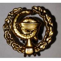 Эмблема петличная Медицинская служба с венком золото полиамид, правая, левая