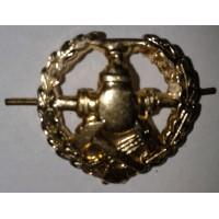 Эмблема петличная войска ГСМ с венком золото металл