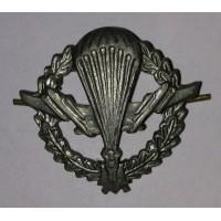 Эмблема петличная ВДВ с венком защита металл