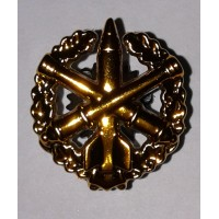 Эмблема петличная РВиА с венком золото полиамид